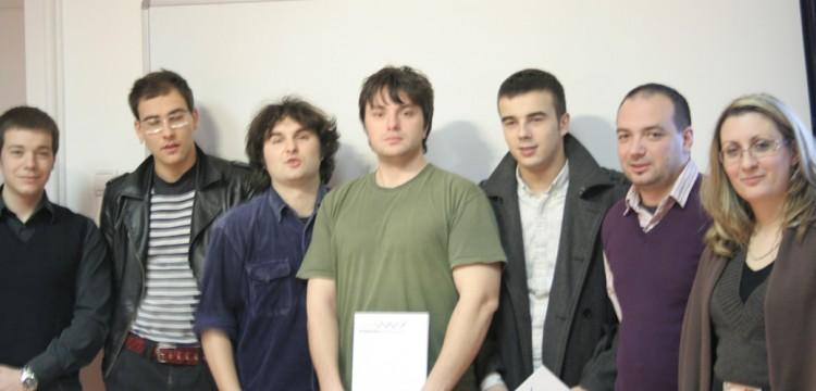 Grupna slika Web 04