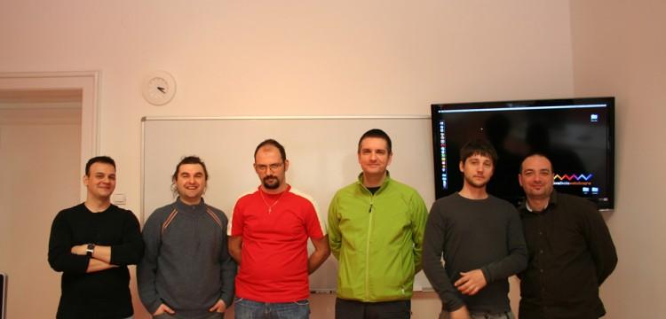 Grupna slika Web 05