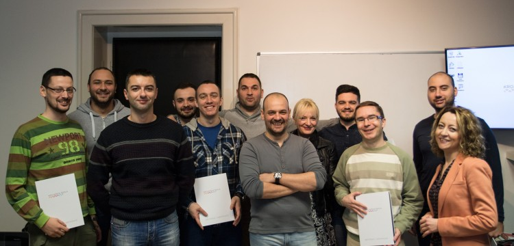 Ponosni smo na PHP programere i na Nenada Novkovića, koji je nesebično prenosio svoje znanje. Čestitamo!