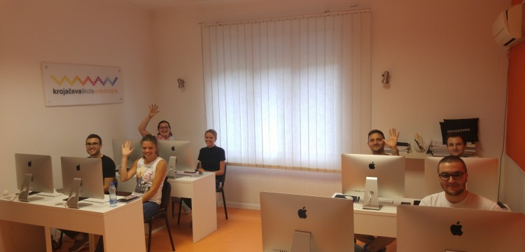 Grejemo stolice i hladne dane učenjem - počela obuka za 41. klasu web dizajnera