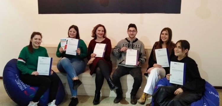 Krojačeva škola i Fakultet za projektni menadžment - podrška za najuspešnije!